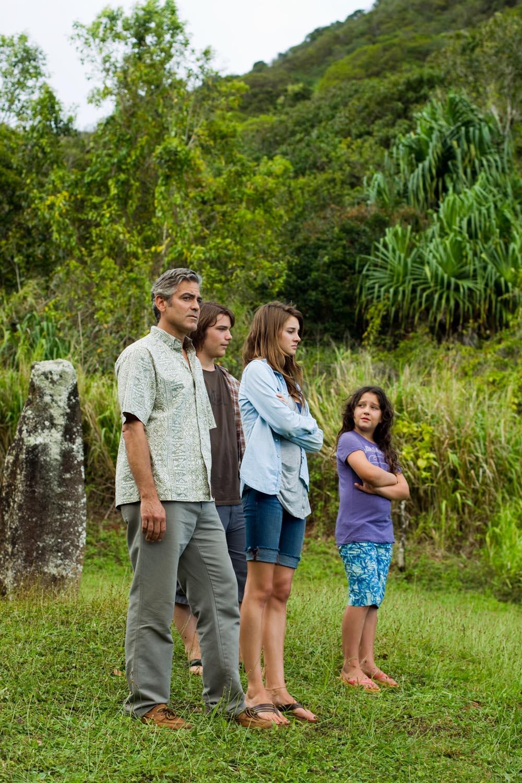 In foto George Clooney (57 anni) Dall'articolo: Paradiso amaro, crisi e rinascita di un genitore di sostegno.