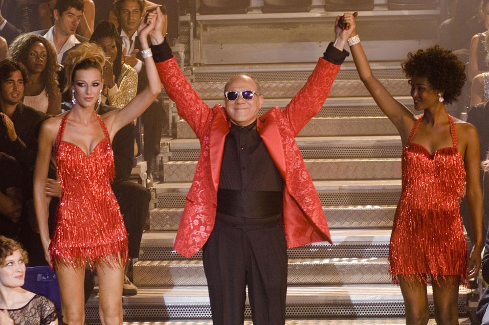 In foto Carlo Verdone (71 anni) Dall'articolo: Posti in piedi in paradiso, la riscossa di tre padri separati.