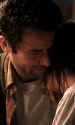 La sorgente dell'amore, sciopero del sesso contro l'integralismo - Una scena del film La sorgente dell'amore di Radu Mihaileanu.