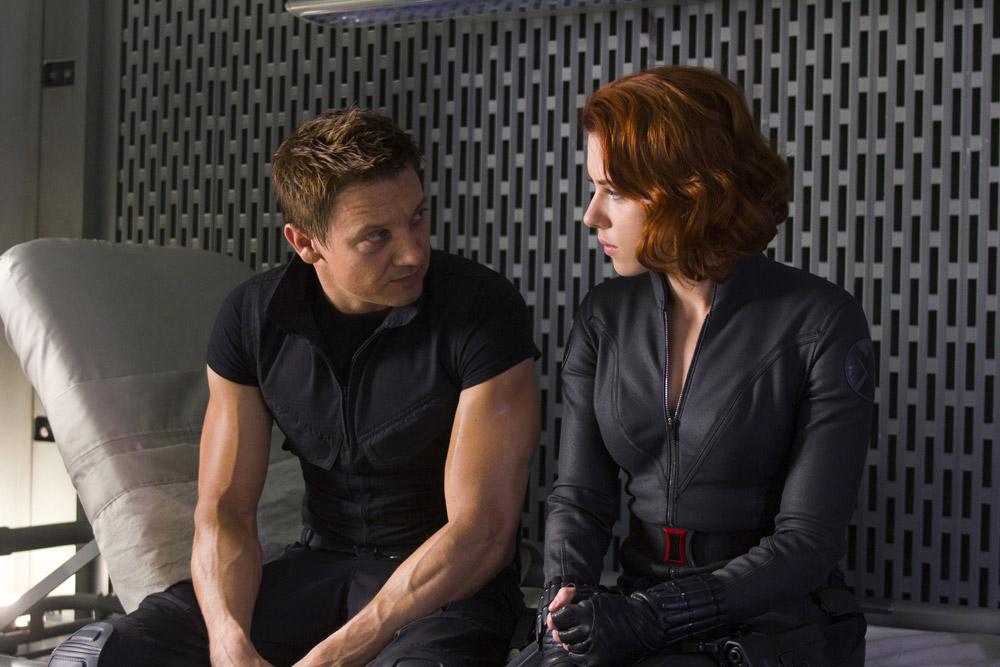 In foto Jeremy Renner (50 anni) Dall'articolo: The Avengers, i vendicatori sono arrivati.