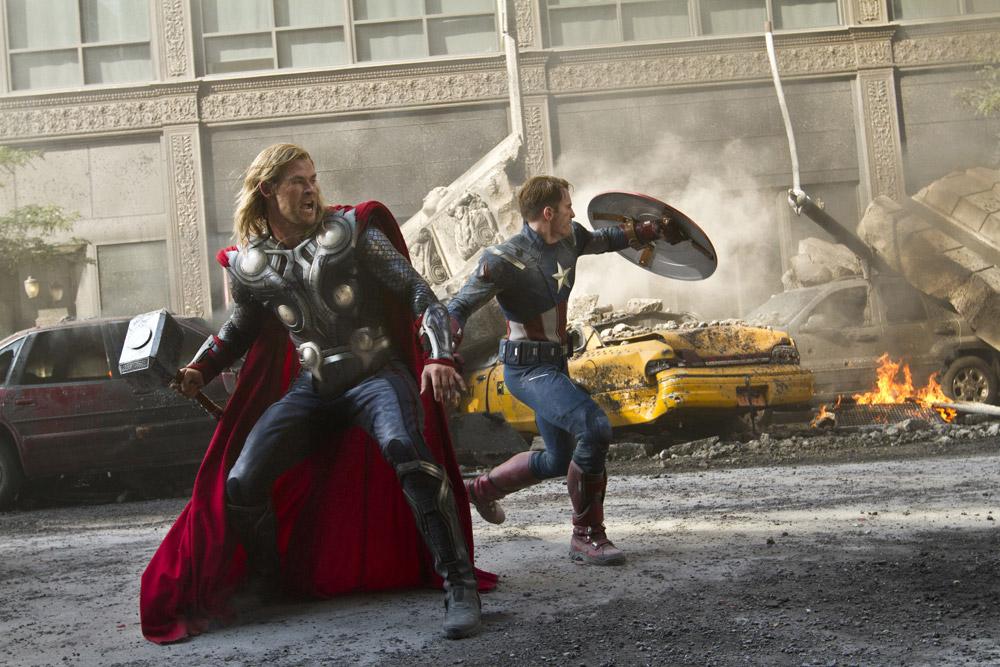 In foto Chris Hemsworth (38 anni) Dall'articolo: The Avengers, i vendicatori sono arrivati.