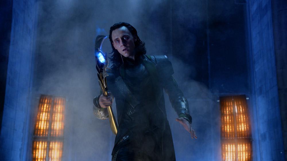 In foto Tom Hiddleston (40 anni) Dall'articolo: The Avengers, i vendicatori sono arrivati.