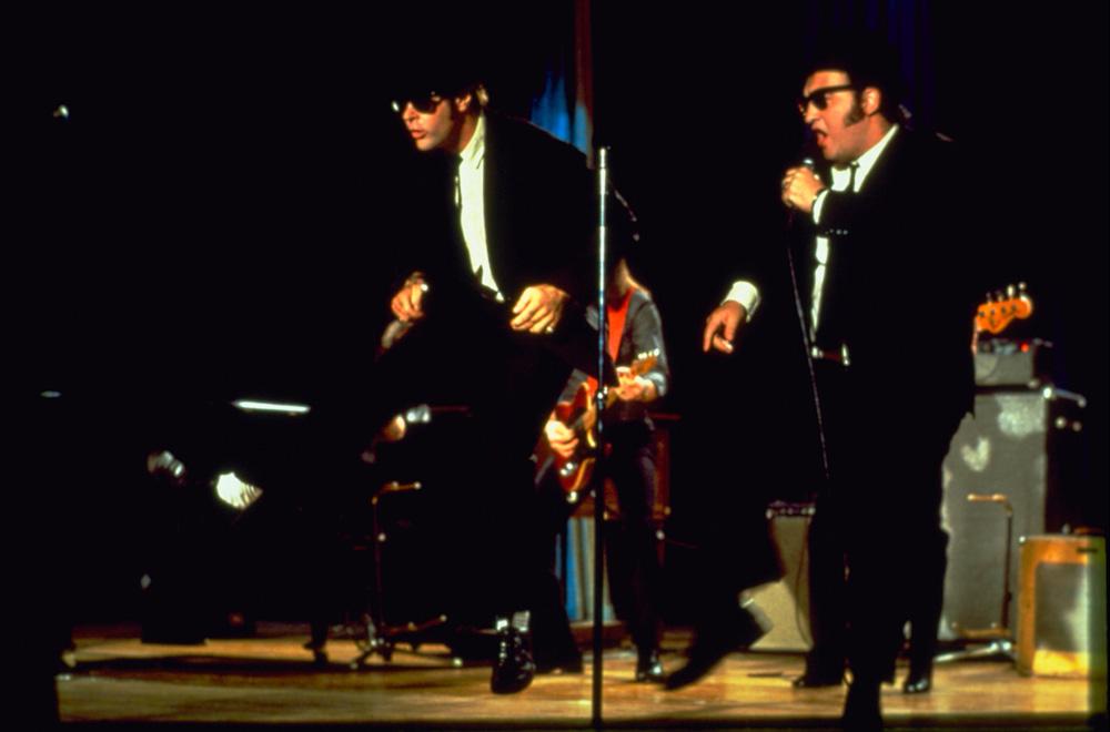 In foto Dan Aykroyd (66 anni) Dall'articolo: I Blues Brothers tornano al cinema (restaurati).