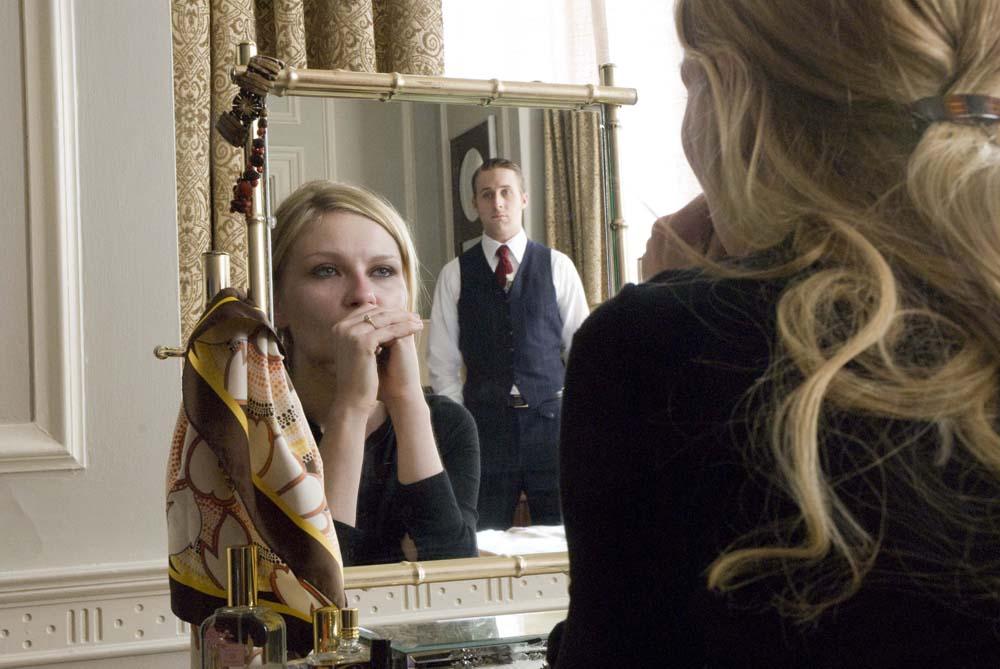 In foto Kirsten Dunst (36 anni) Dall'articolo: Love & Secrets, desiderio, famiglia e delitto.