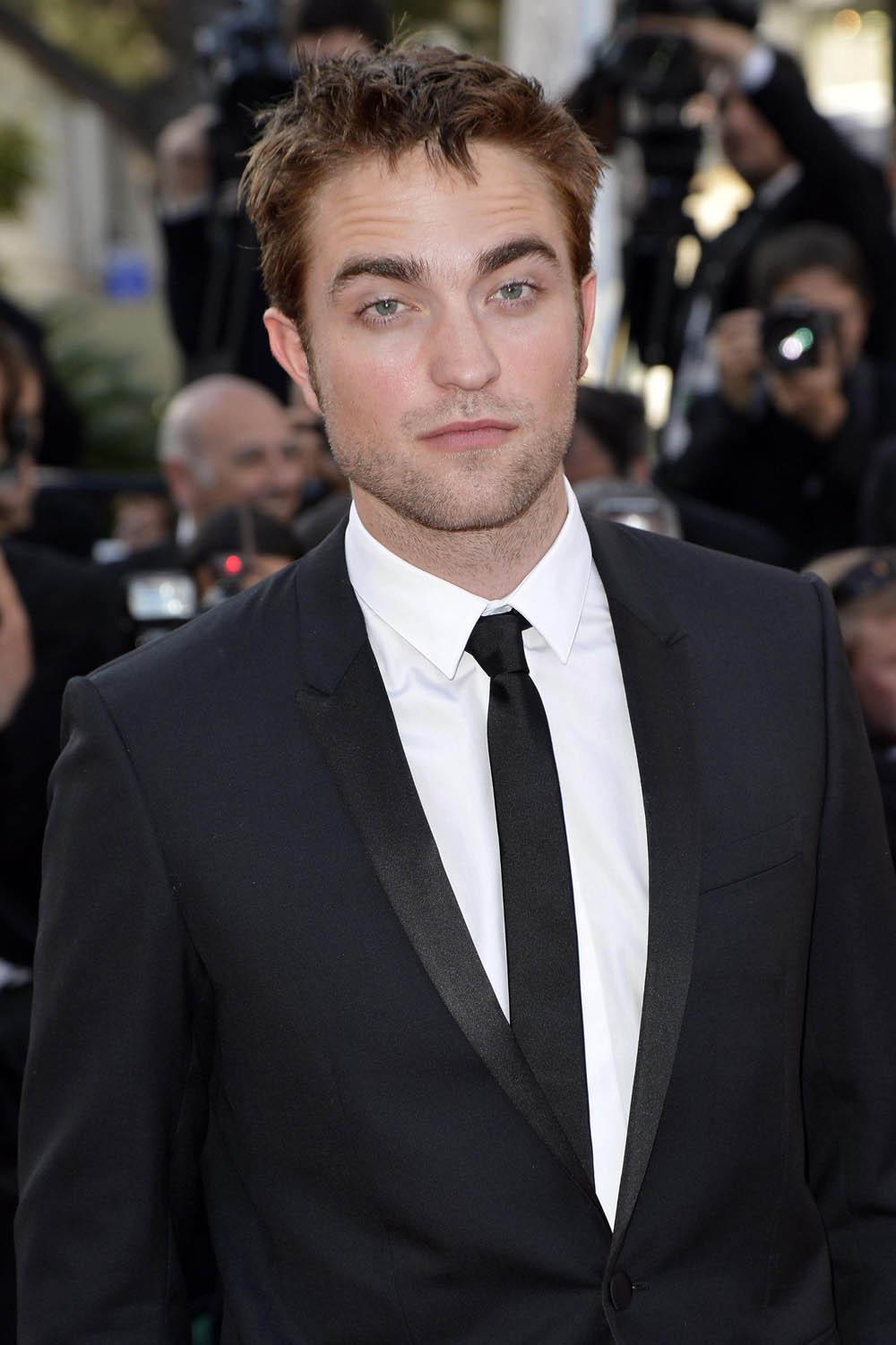In foto Robert Pattinson (35 anni) Dall'articolo: Cannes 65, Bertolucci on the road.