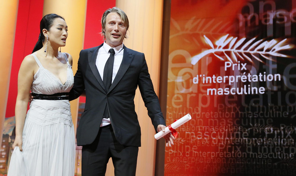 In foto Mads Mikkelsen (55 anni) Dall'articolo: Cannes 65, a Garrone il Gran Premio della Giuria.