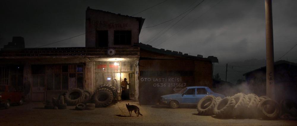 Una scena del film C'era una volta in Anatolia di Nuri Bilge Ceylan. -  Dall'articolo: C'era una volta in Anatolia, un giallo sui generis.