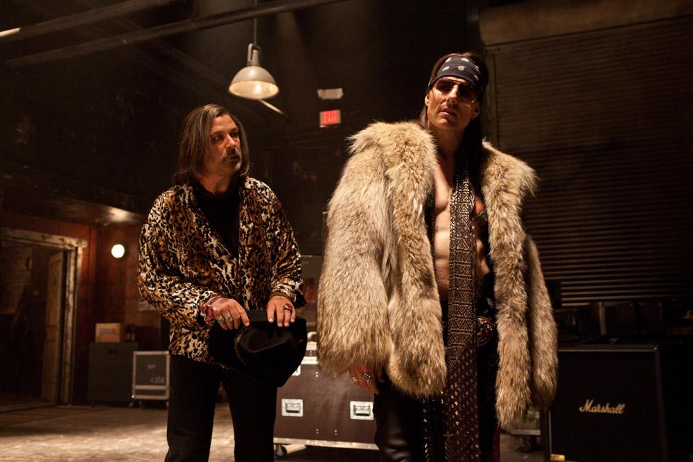 In foto Tom Cruise (56 anni) Dall'articolo: Rock of Ages, gli anni '80 sono tornati.