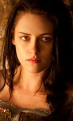 Biancaneve scende in guerra - In foto l'attrice Kristen Stewart in una scena del film.