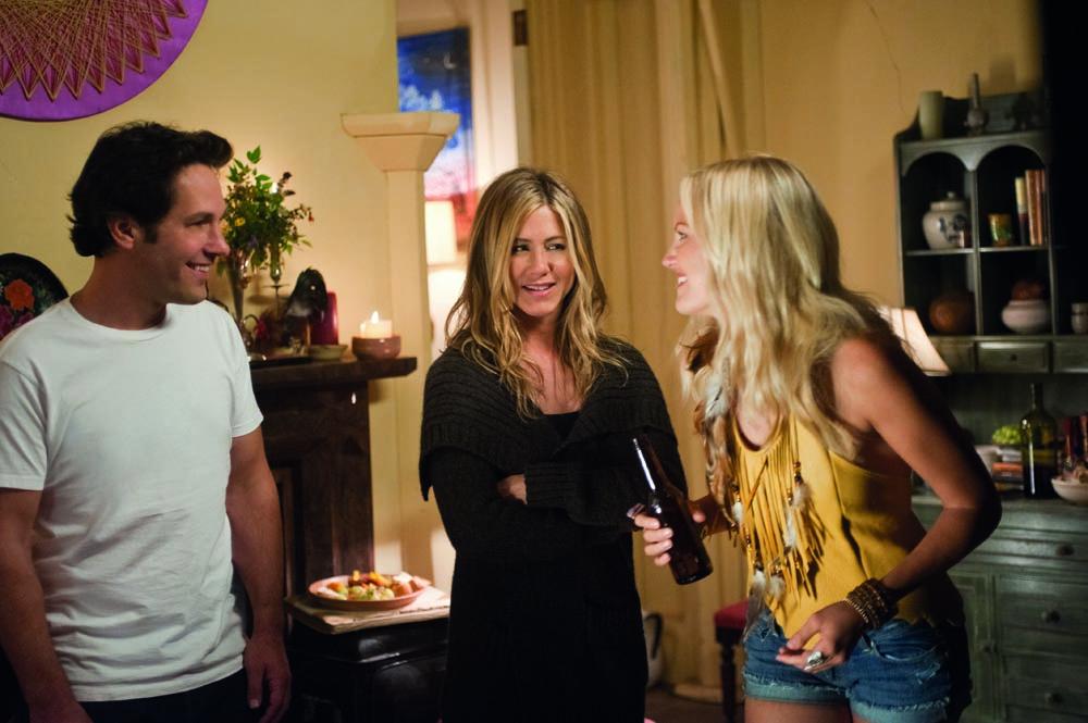 In foto Jennifer Aniston (50 anni) Dall'articolo: Nudi e felici, i bagagli non servono.