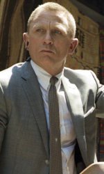 In foto Daniel Craig (52 anni) Dall'articolo: Skyfall apre in testa in Italia.