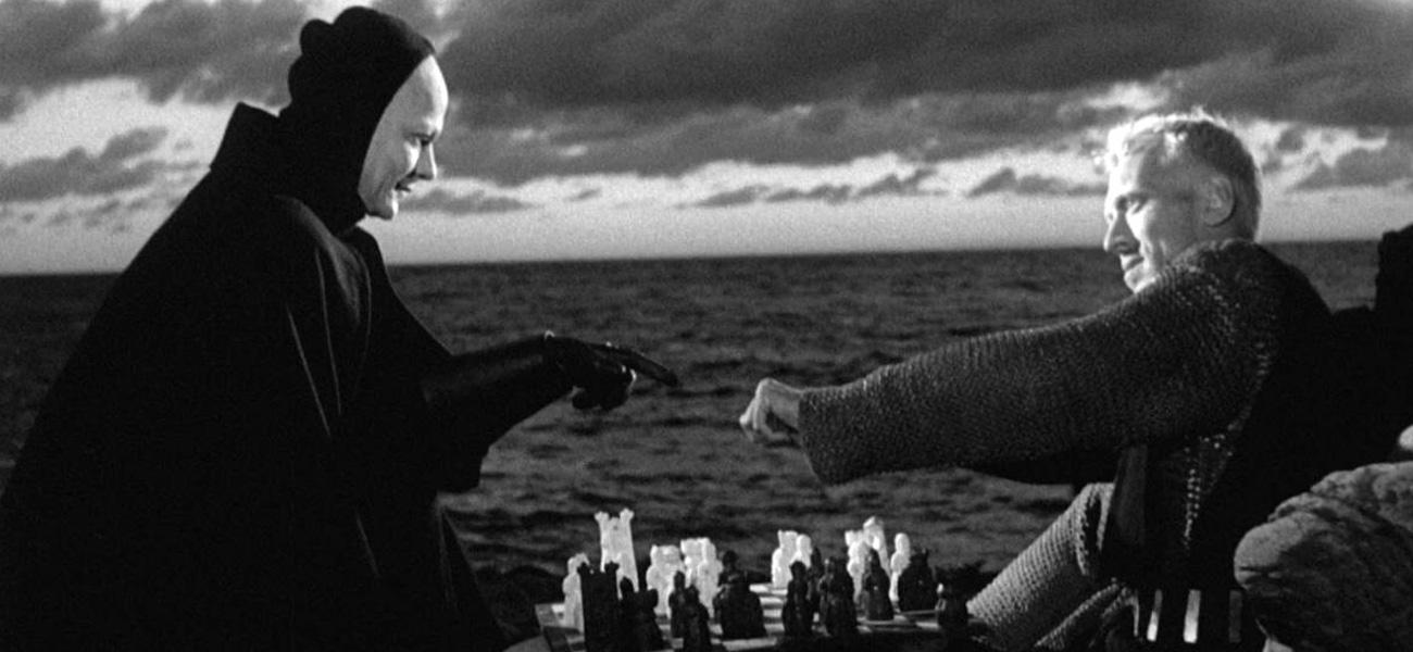 In foto una scena del film Il Settimo Sigillo di Ingmar Bergman. -  Dall'articolo: Il Settimo Sigillo su MYMOVIESLIVE!.
