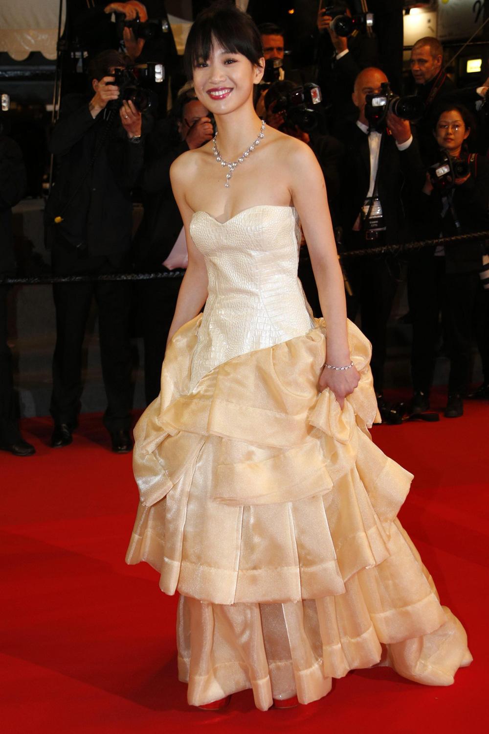 In foto l'attrice Meng Li per la proiezione del film A Touch of Sin. -  Dall'articolo: Cannes 66, in concorso Desplechin e Koreeda.