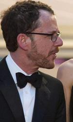 Cannes 66, in concorso Valeria Bruni Tedeschi - Ethan Coen, Carey Mulligan e il musicista T-Bone Burnett prima della proiezione di Inside Llewyn Davis.