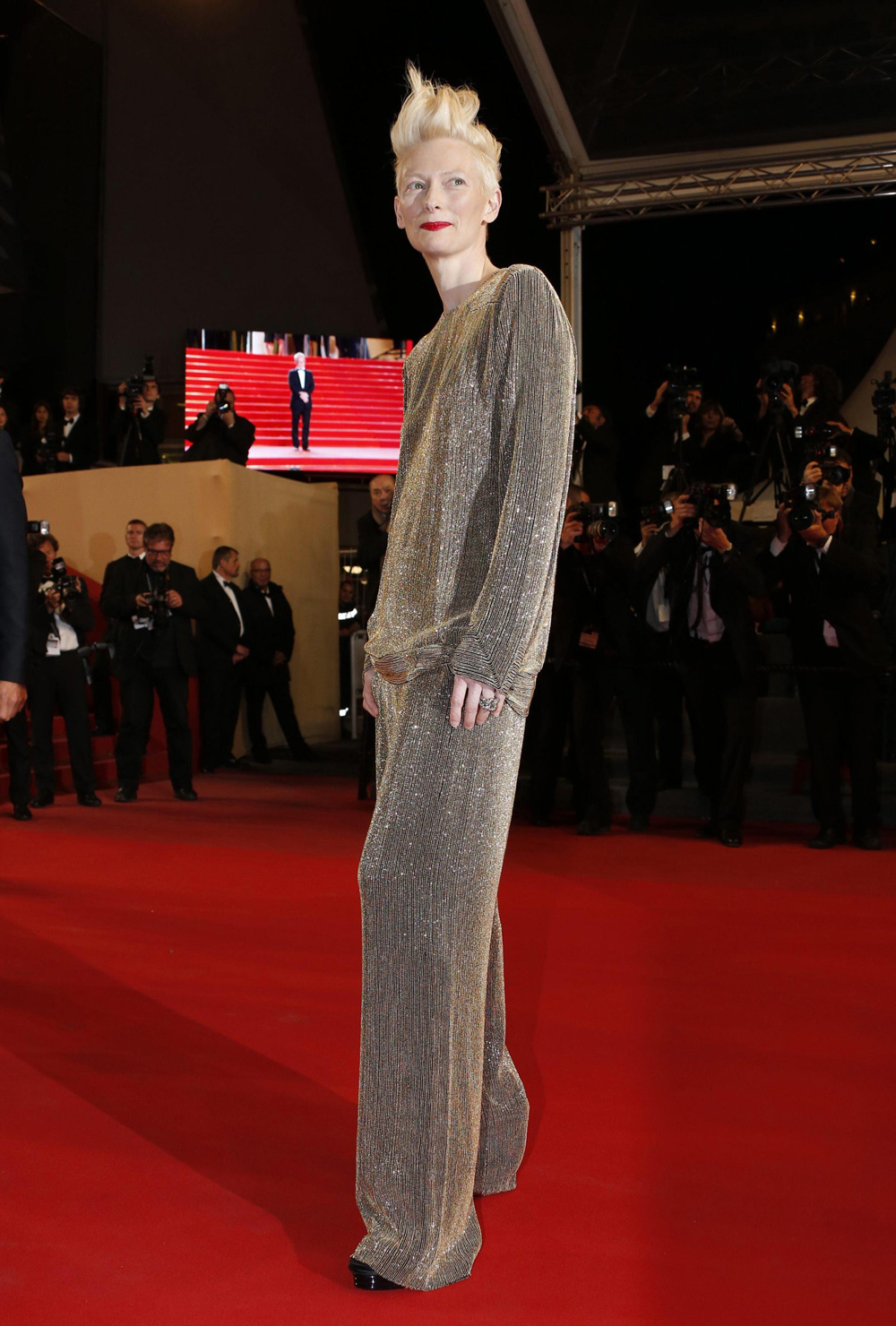 In foto Tilda Swinton (60 anni) Dall'articolo: Cannes 66, in attesa della Palma d'oro.