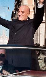 La commedia del potere - In foto l'attore Claudio Bisio in una scena del film.