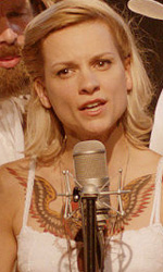 Country melodramma fiammingo - In foto Veerle Baetens in una scena del film Alabama Monroe - Una storia d'amore  di Felix Van Groeningen.