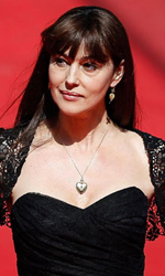 Cannes 67, 11 minuti d'applausi per Le meraviglie - Monica Bellucci sul red carpet di Cannes per Le meraviglie di Alice Rohrwacher.