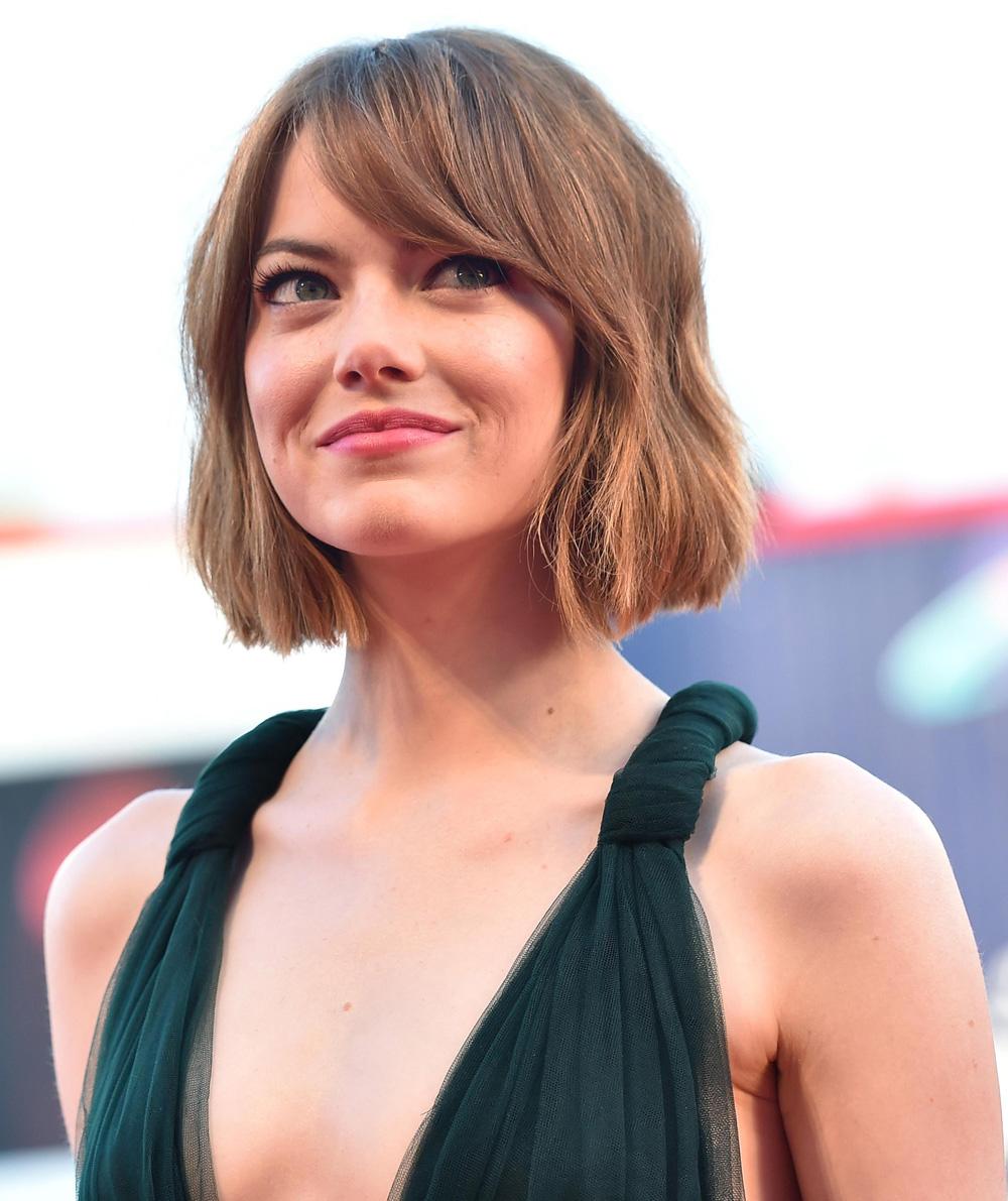 In foto Emma Stone (31 anni) Dall'articolo: 71. Mostra del Cinema, le foto del red carpet di Birdman.