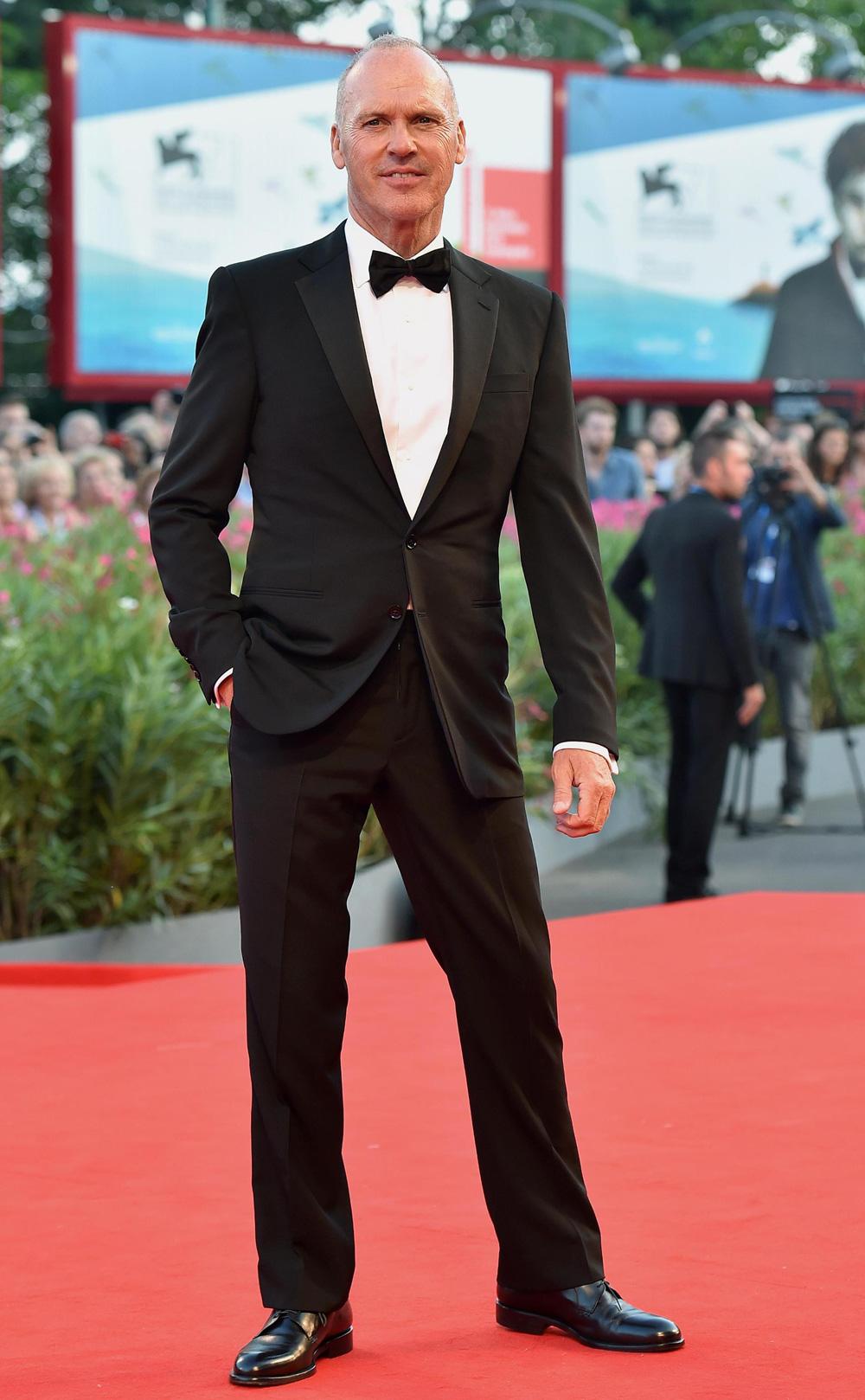 In foto Michael Keaton (68 anni) Dall'articolo: 71. Mostra del Cinema, le foto del red carpet di Birdman.
