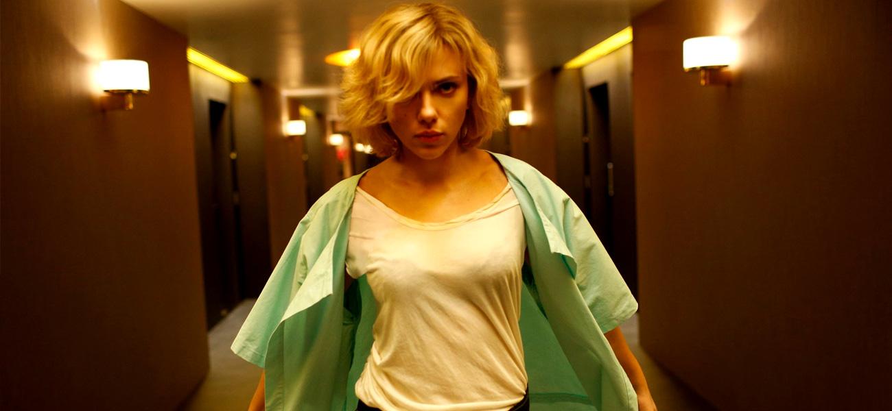 In foto Scarlett Johansson (35 anni) Dall'articolo: Lucy tra fantascienza e digitale.