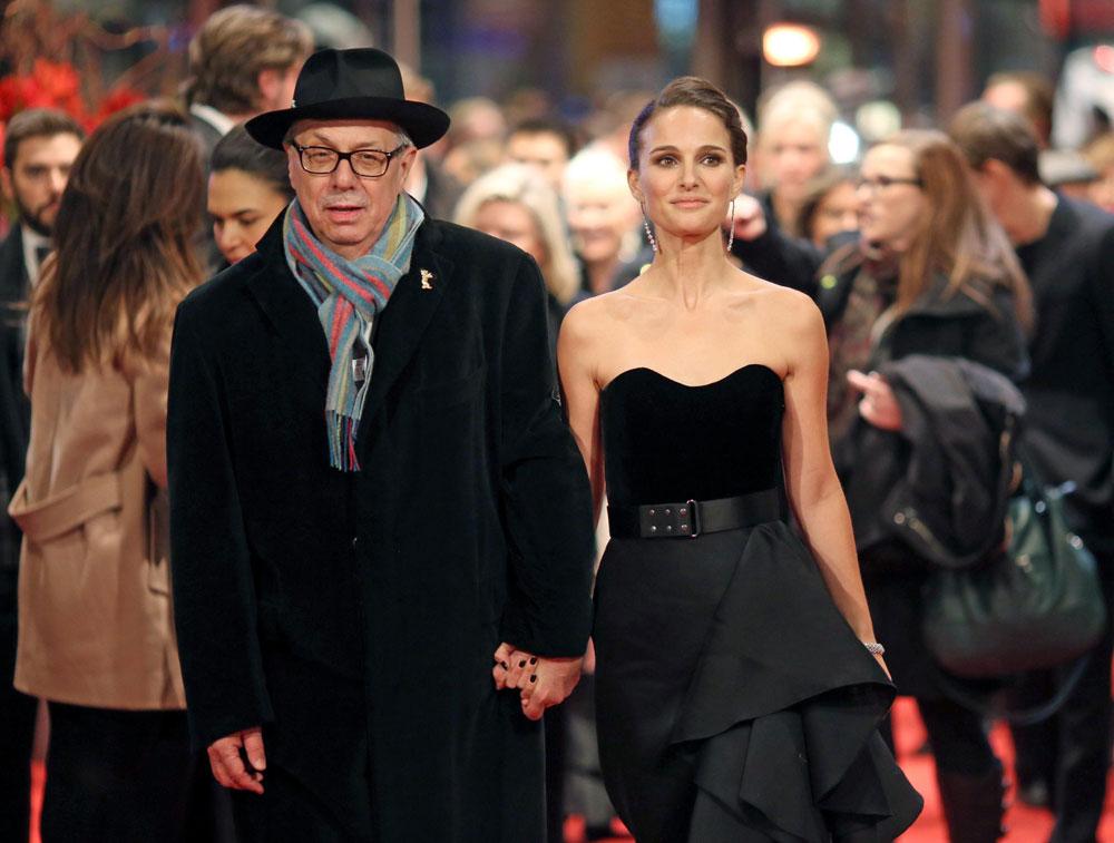 In foto Natalie Portman (40 anni) Dall'articolo: Berlinale 2015, Natalie Portman e Christian Bale sul red carpet.