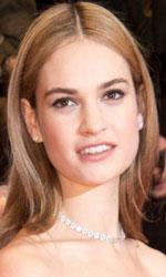 Berlinale 2015, Cenerentola sul red carpet - Lily James, all'anagrafe Lily Chloe Ninette Thomson, è nata il 5 aprile 1989 a Esher (Inghilterra).