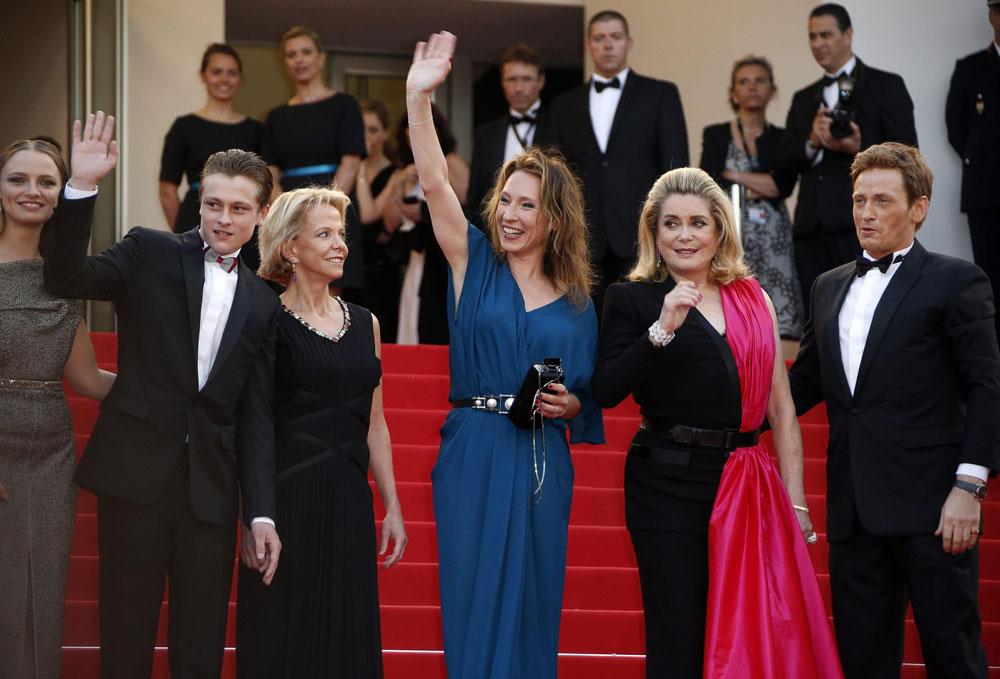 In foto Emmanuelle Bercot (54 anni) Dall'articolo: Festival di Cannes 2015, la giornata di Garrone.