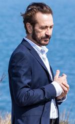 In foto Marco Giallini (57 anni) Dall'articolo: Loro chi?, la gallery.