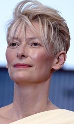 Venezia 72, Guadagnino divide la Mostra - L'affascinante premio Oscar Tilda Swinton sul red carpet di A Bigger Splash.