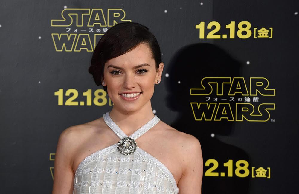 In foto Daisy Ridley (27 anni) Dall'articolo: Daisy Ridley, nata sotto il segno della Galassia.