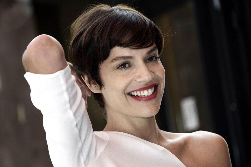 In foto Micaela Ramazzotti (41 anni) Dall'articolo: La pazza gioia commuove la Croisette.