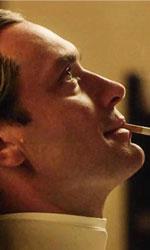 Il papa di Sorrentino, trasgressivo ma anche reazionario - In foto Jude Law come Lenny Belardo in una scena tratta dalla serie The Young Pope di Paolo Sorrentino.