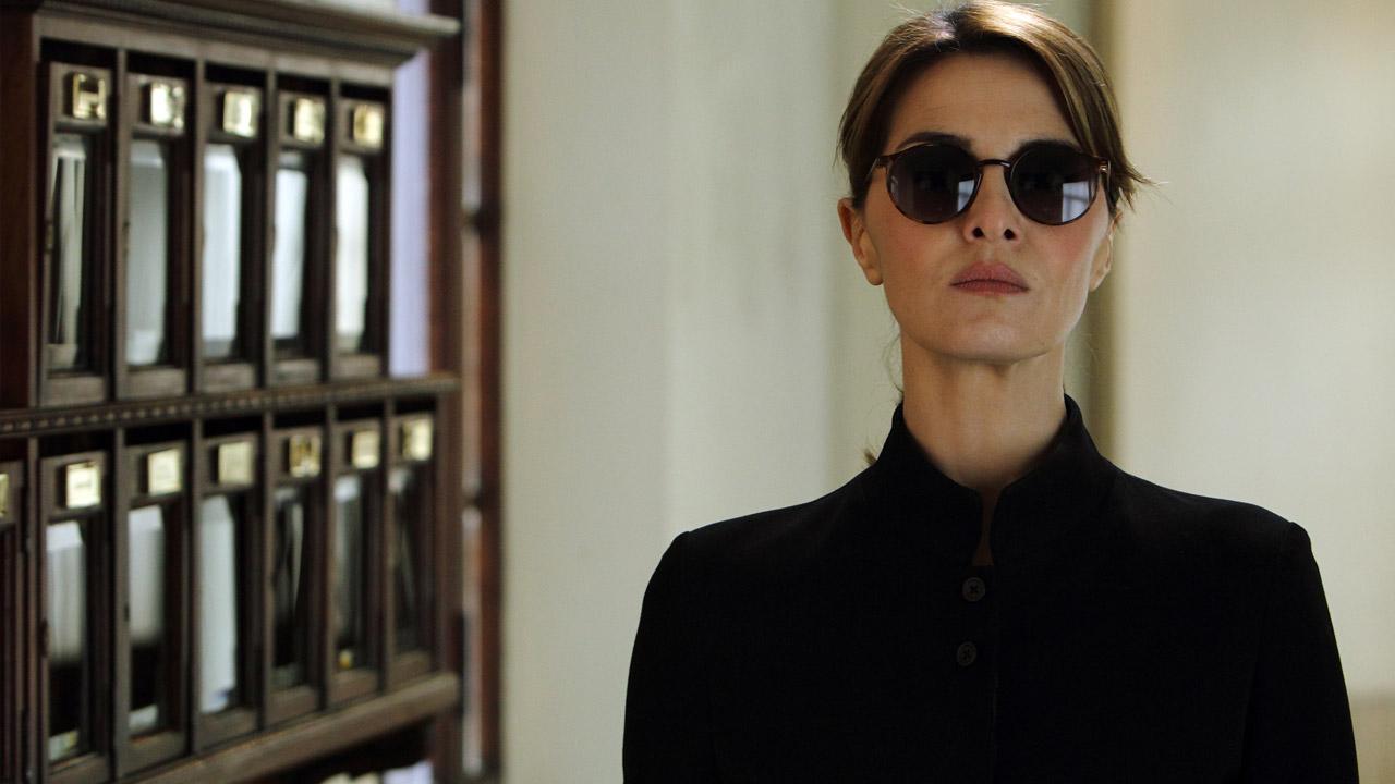 In foto Paola Cortellesi (47 anni) Dall'articolo: Box office, Inferno ancora primo ma sul podio sale Qualcosa di nuovo.