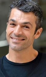 In foto Luca Argentero (40 anni) Dall'articolo: Ciak per Hotel Gagarin, Argentero e Amendola tra i protagonisti.