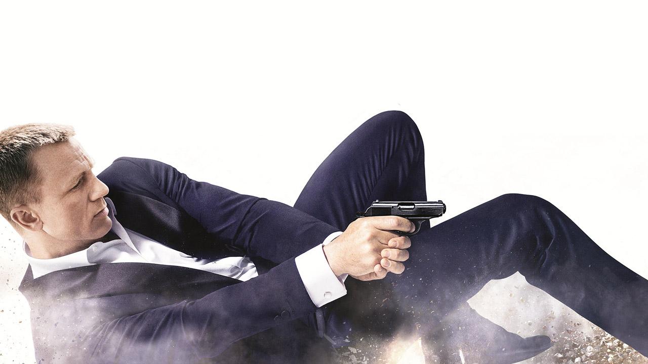 In foto Daniel Craig (52 anni) Dall'articolo: Skyfall, il film stasera in tv su Rai4.