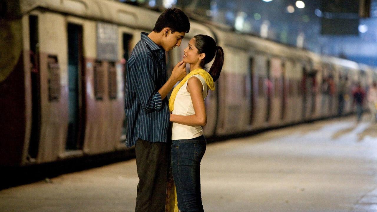 In foto Dev Patel (29 anni) Dall'articolo: The Millionaire, il film stasera in tv su TV8.