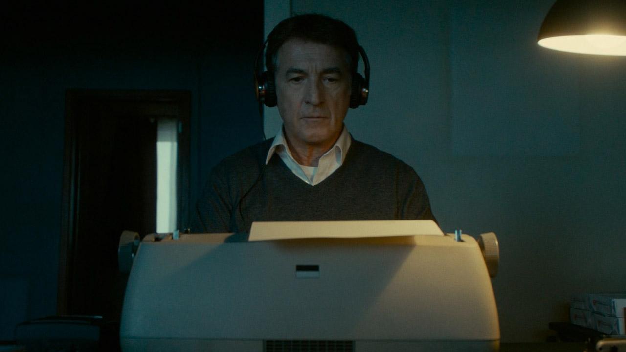 In foto François Cluzet (65 anni) Dall'articolo: La meccanica delle ombre, guarda l'inizio del film.