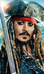 In foto Johnny Depp (57 anni) Dall'articolo: Pirati dei Caraibi: La vendetta di Salazar supera il milione in due giorni.