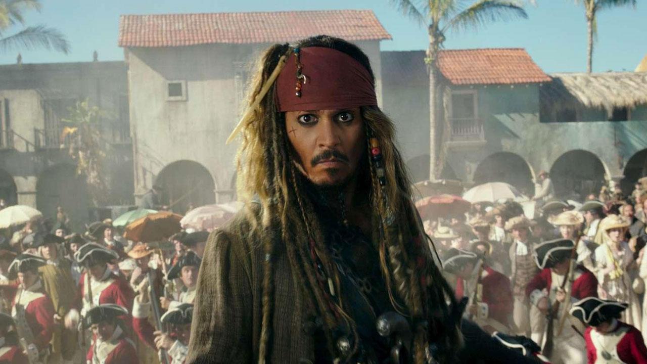 In foto Johnny Depp (57 anni) Dall'articolo: Box Office, Wonder Woman sfida i pirati ma vince Jack Sparrow.