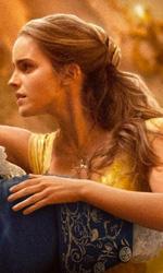 In foto Emma Watson (28 anni) Dall'articolo: Si chiude la stagione cinematografica, La bella e la bestia è primo con 20,4 milioni.