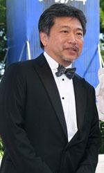 In foto Kore'eda Hirokazu (58 anni) Dall'articolo: Venezia 74, Jennifer Lawrence regina dark per Javier Bardem.