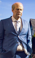 In foto Rolf Lassgård (63 anni) Dall'articolo: Mr. Ove, la vita è un viaggio tra le risate e le lacrime.