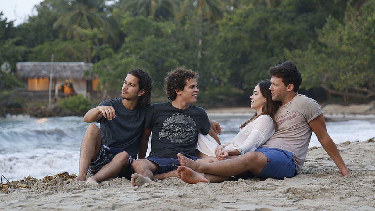 -  Dall'articolo: L'estate addosso, il film questa sera in prima TV su RAITRE.