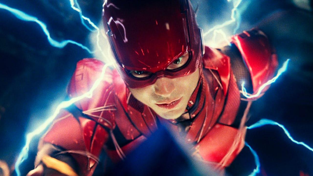 In foto Ezra Miller (27 anni) Dall'articolo: Calma piatta, Justice League ancora primo al box office.