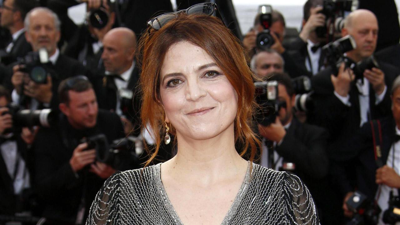 In foto Agnès Jaoui (55 anni) Dall'articolo: Agnès Jaoui: «vi racconto crisi e rinascita delle donne di mezz'età».