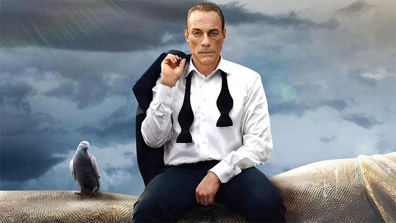 Scorretto, esagerato, divertente: Van Damme diventa Van Johnson