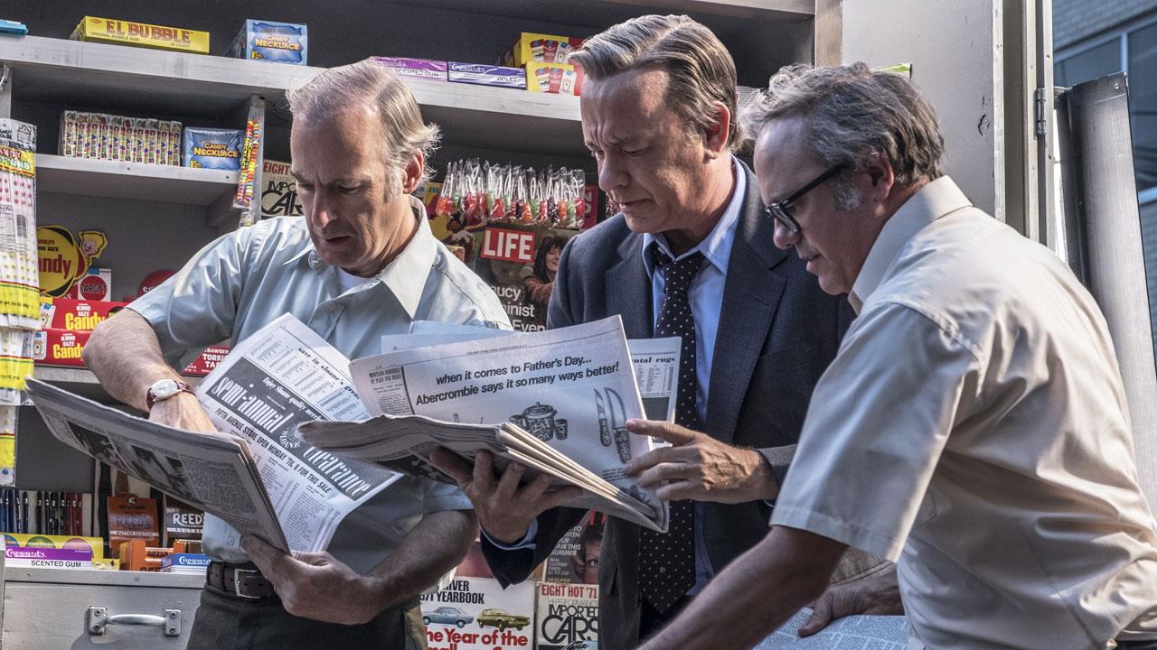 In foto Tom Hanks (63 anni) Dall'articolo: The Post vola al Box Office. Sono tornato si conferma ottimo 3°.