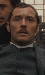 In foto Jude Law (47 anni) Dall'articolo: Sherlock Holmes, il film stasera in tv su Italia 1.