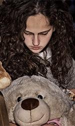 In foto Sharon Caroccia Dall'articolo: Il cratere, guarda l'inizio del film.